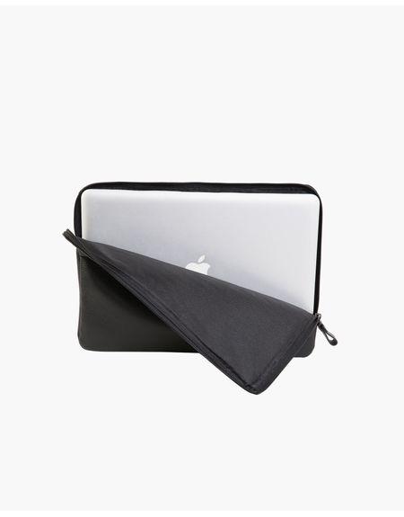 capa-macbook-13-preto--3-